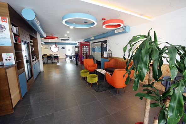Workinton Kavacık - Toplantı odaları ve hazır ofisler.