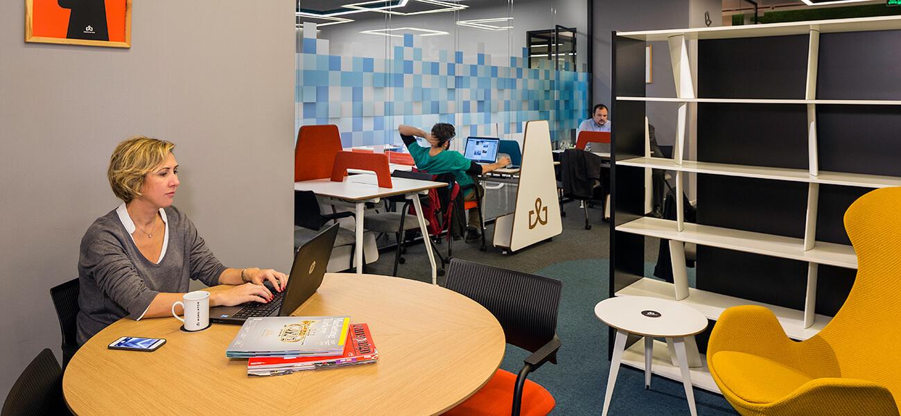 Workinton Esentepe - ASTORIA - Toplantı odası ve hazır ofisler