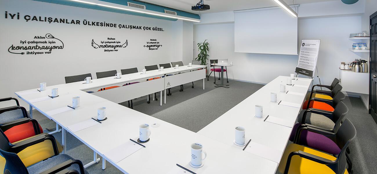 Workinton Kavacık - Toplantı odası ve hazır ofisler